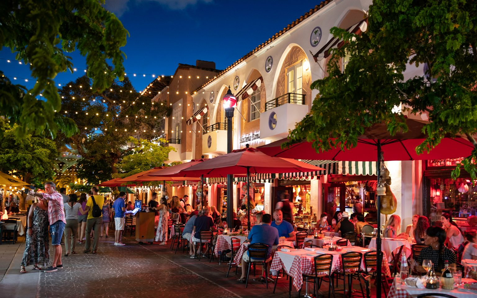Espanola Way Restaurants Shopping And Entertainment